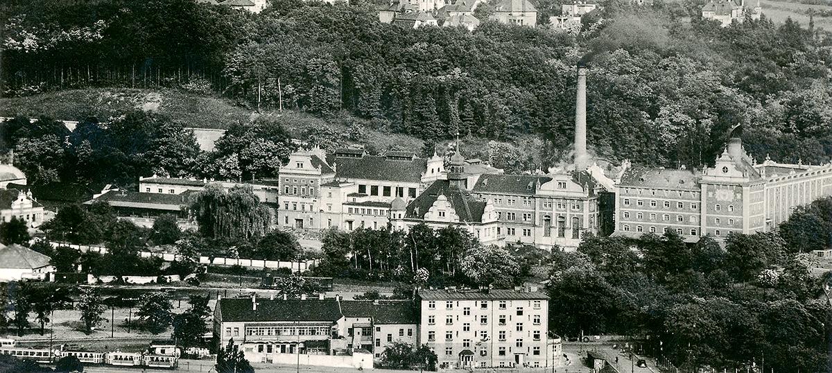Celkový pohled na Branický pivovar v 60. letech 20. století.