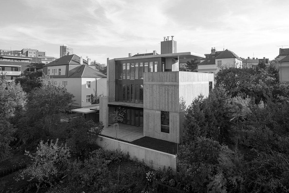 Vila v Procházkově ulici, Josef Pleskot