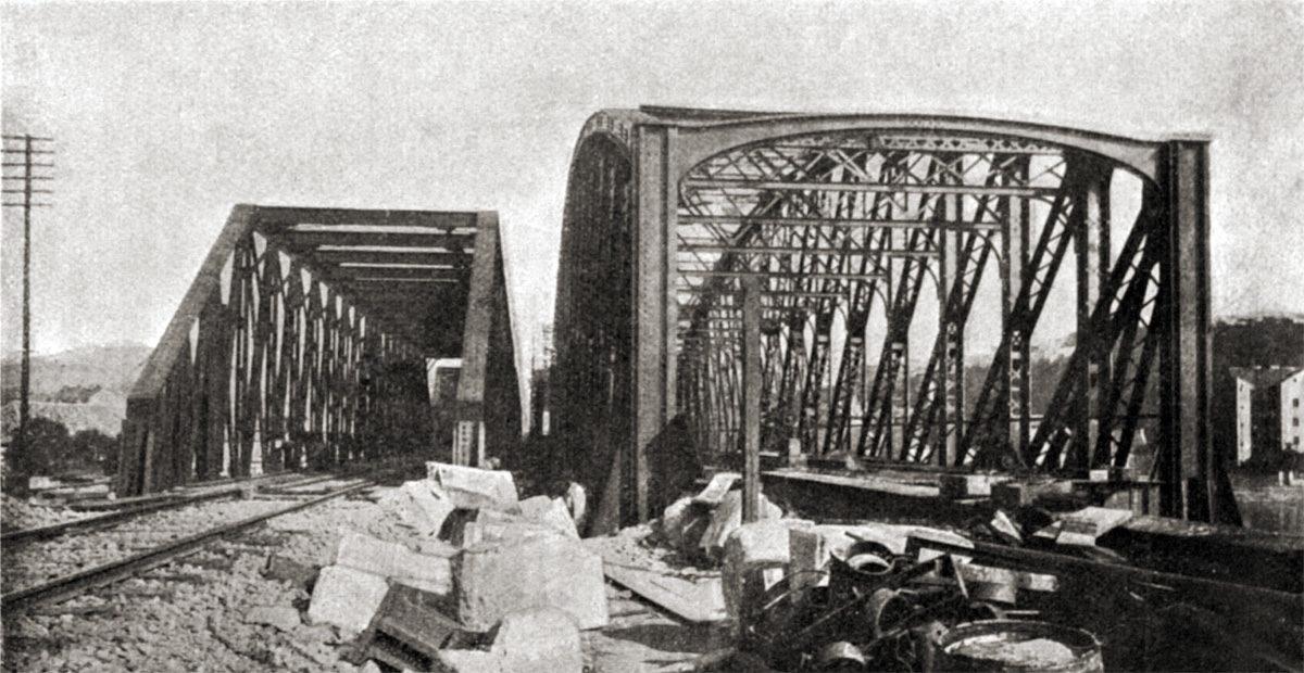 Výměna Železničního mostu pod Vyšehradem v roce 1901
