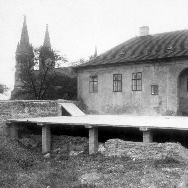 O vyšehradském objevu století s archeologem Ladislavem Varadzinem