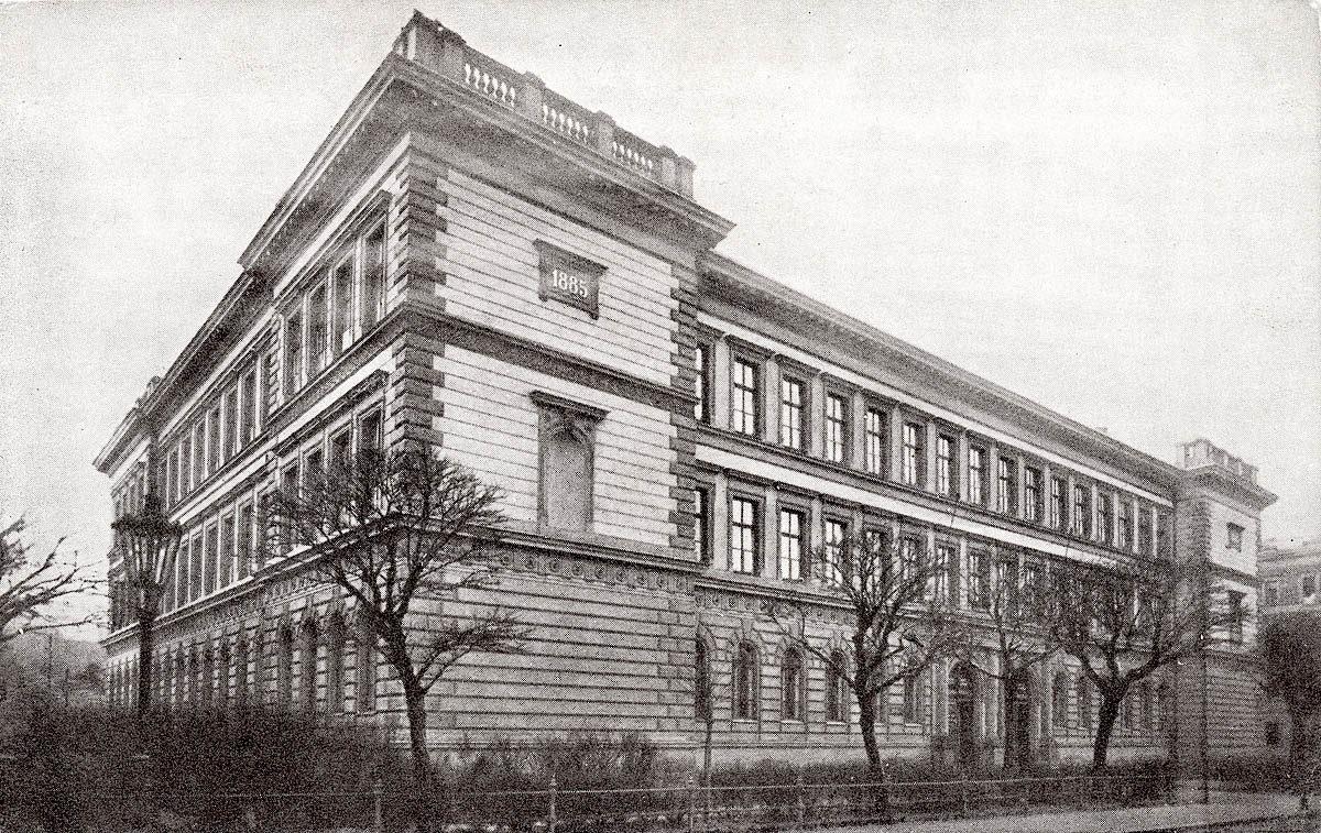 Škola Na Hrádku