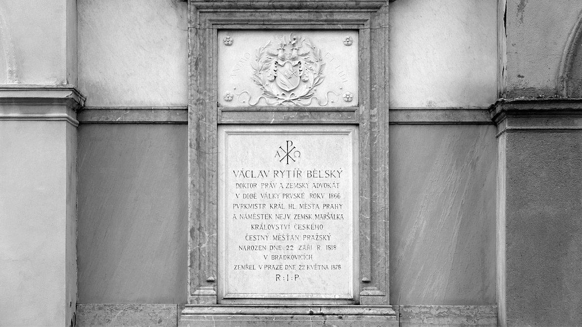 Hrob Václava Bělského na Vyšehradském hřbitově