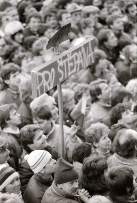 Listopad 1989 - demonstrace na Letné