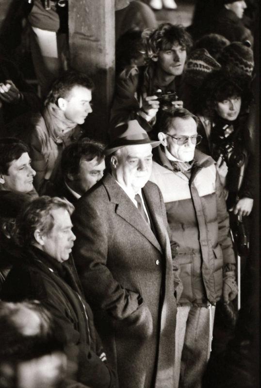 Sametová revoluce - Václav Havel, Ladislav Adamec a Jan Šibík