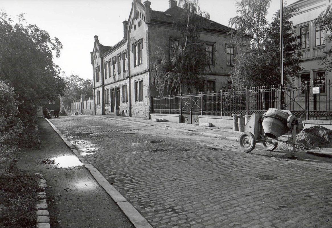 Vyšehrad, 1975 - kanovnické domy