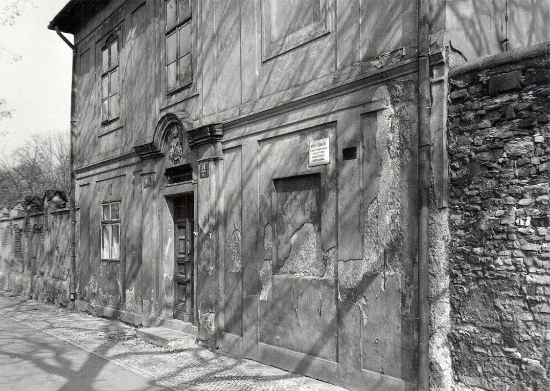 Vyšehrad, 1975 - Staré děkanství