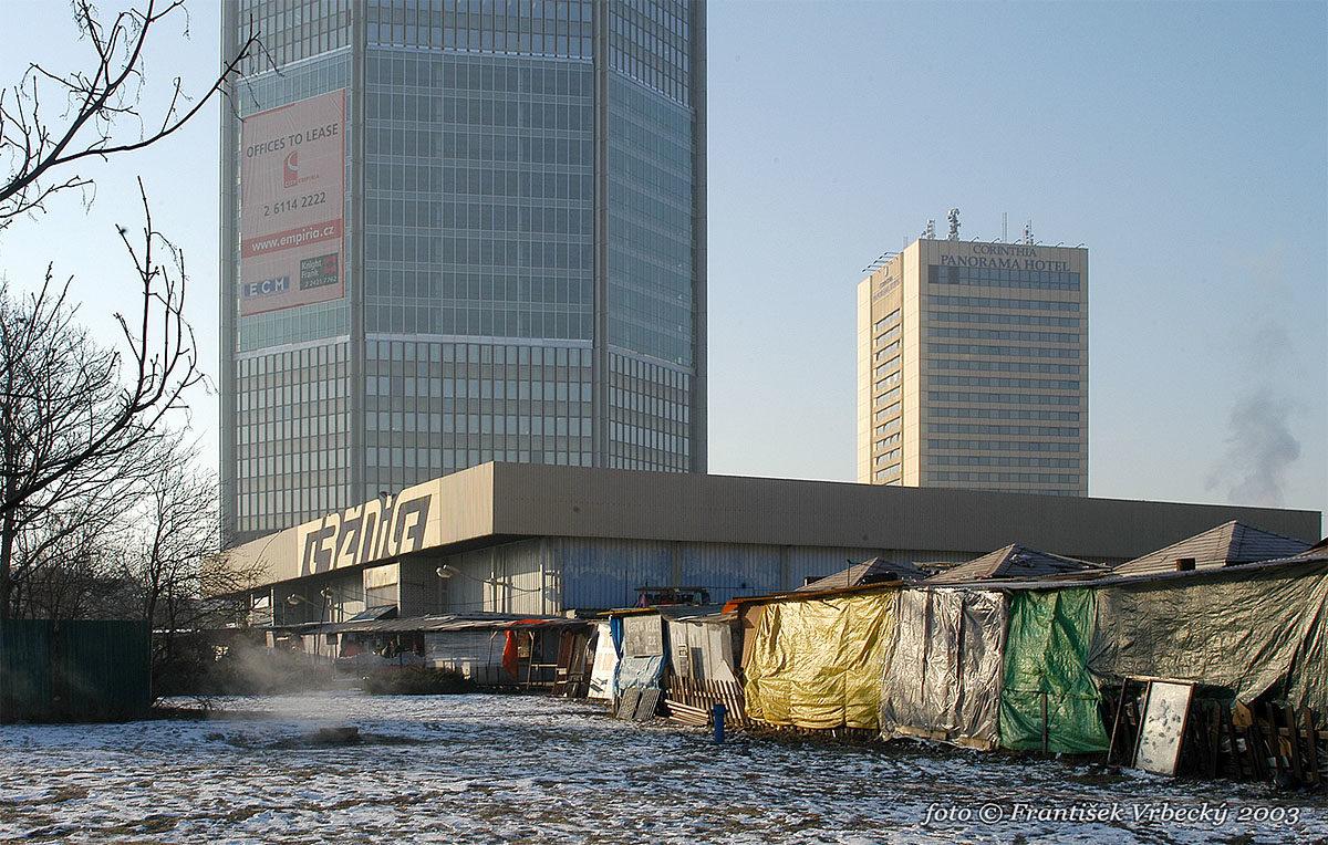 Motokov na Pankráci / City Empiria
