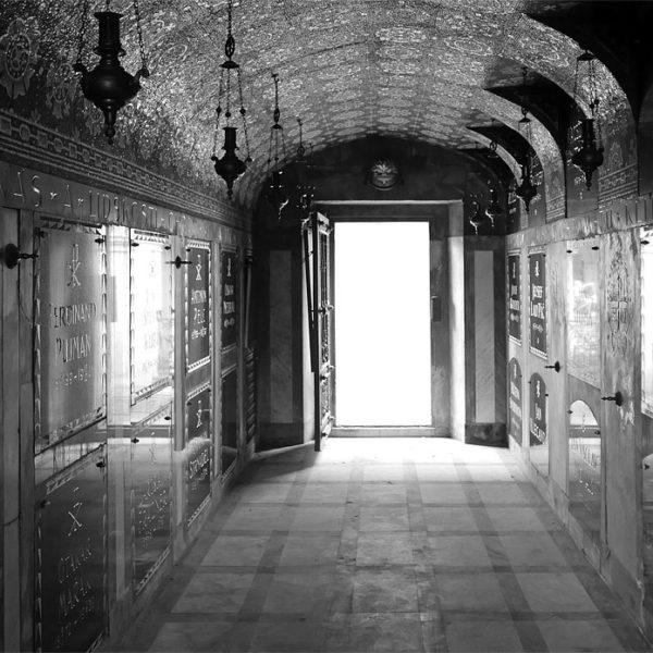 Kdo má klíče od Slavína? Rozhovor s Václavem Potočkem o Vyšehradském hřbitovu