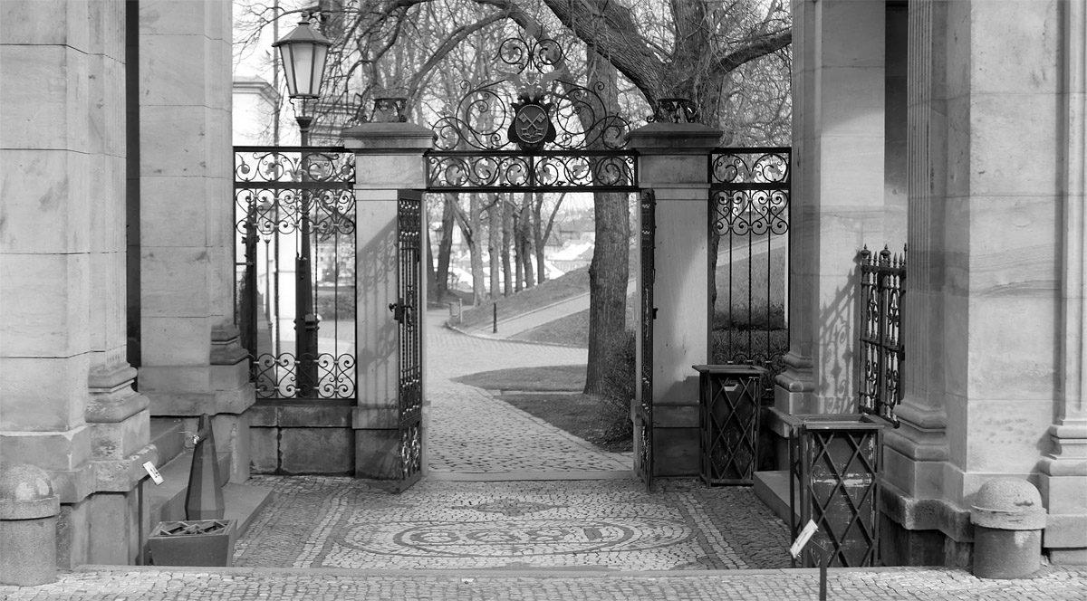 Severní branka Vyšehradského hřbitova od Antonína Wiehla