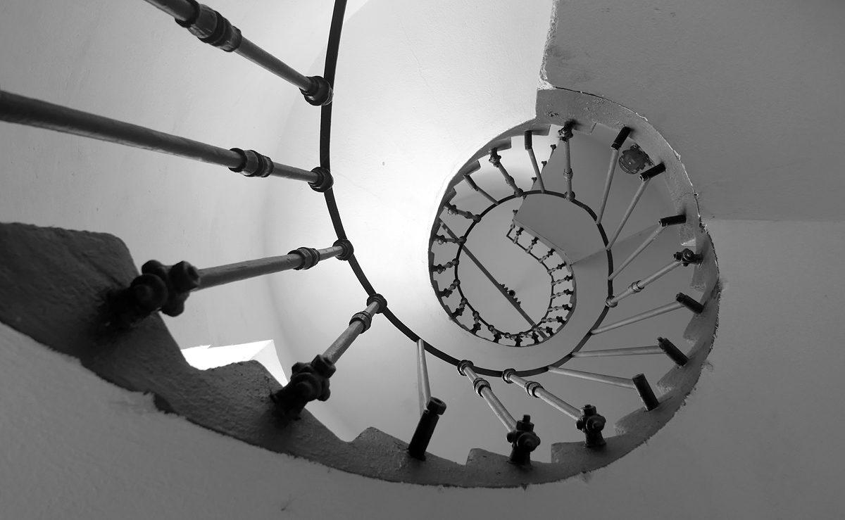 Malírna Národního divadla, schodiště