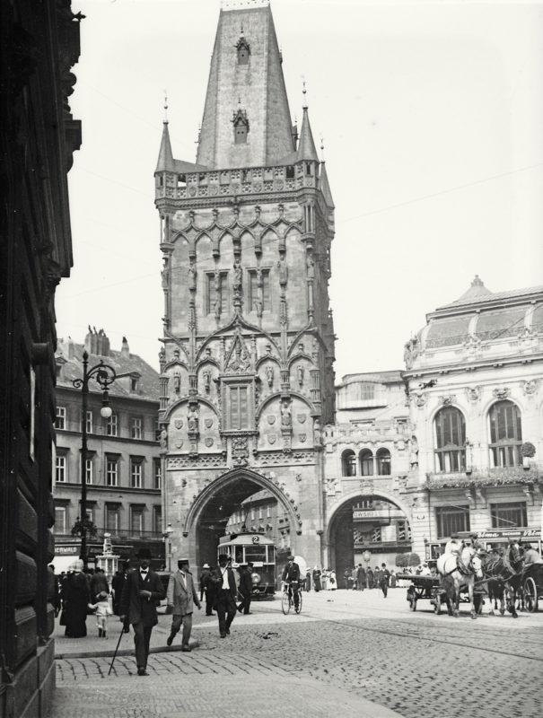 Prašná brána, 1914
