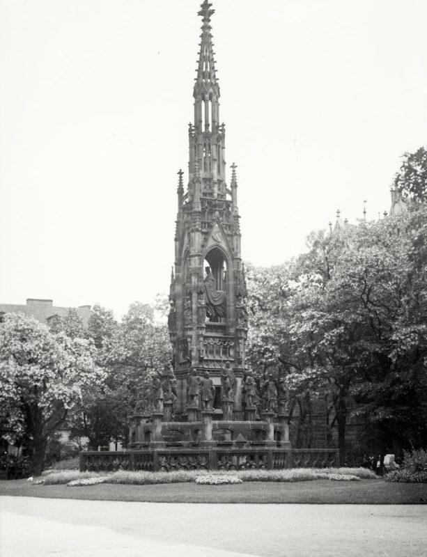 Krannerova kašna, 1914
