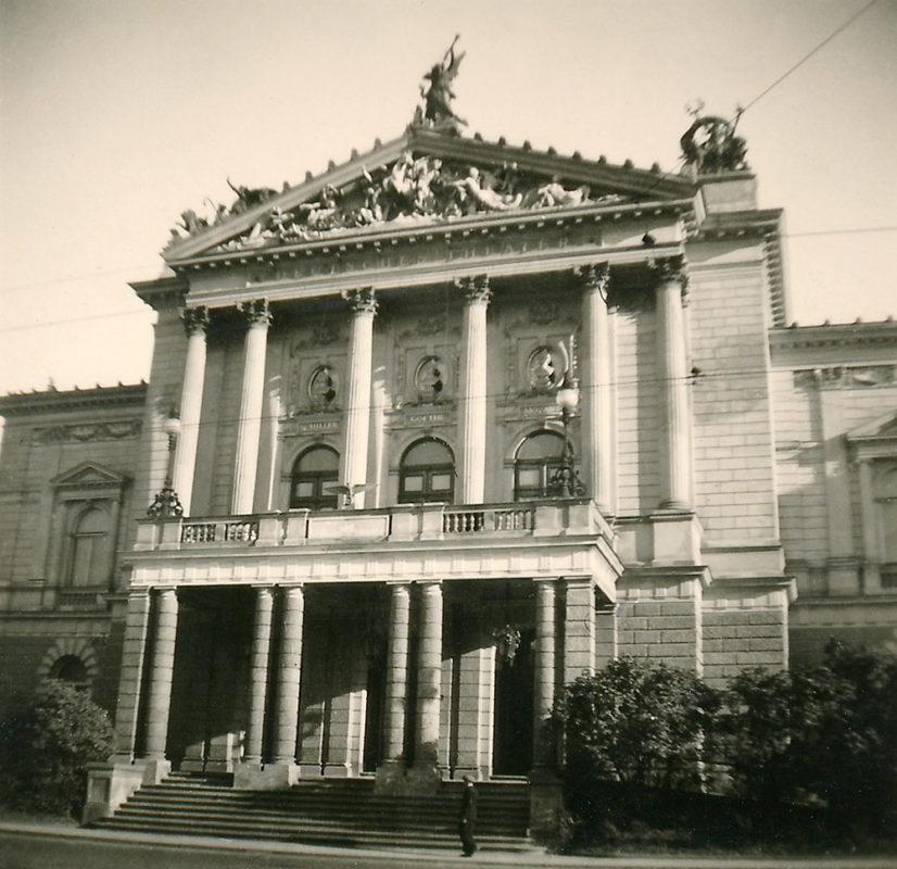 Nové německé divadlo, 1941
