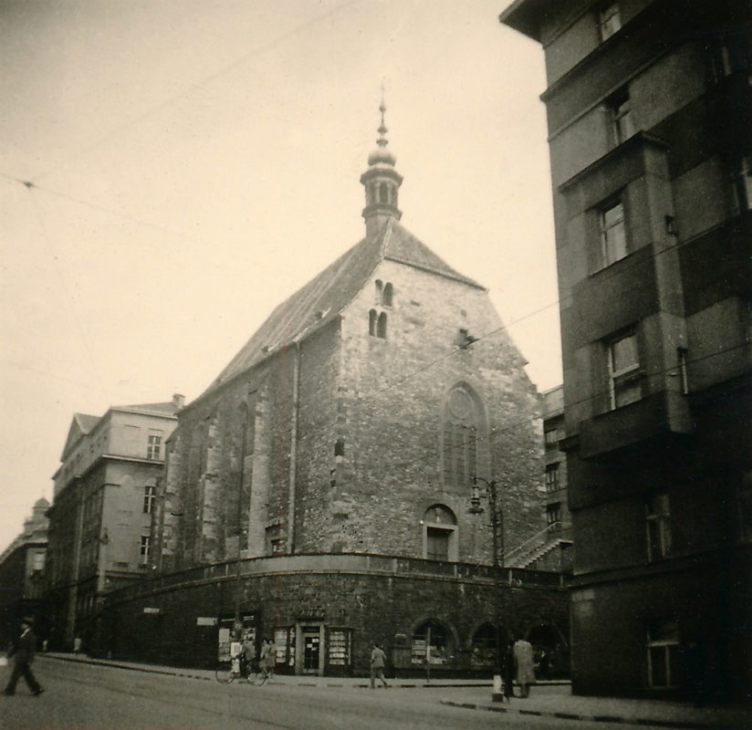 Kostel sv. Václava na Zderaze, 1941