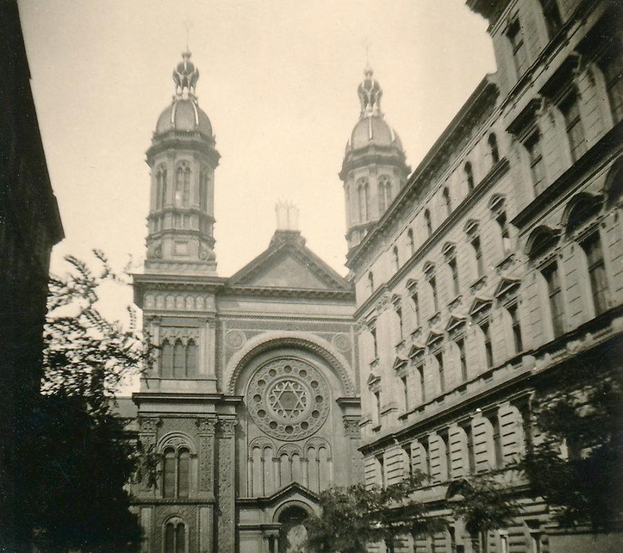 Vinohradská synagoga, 1941