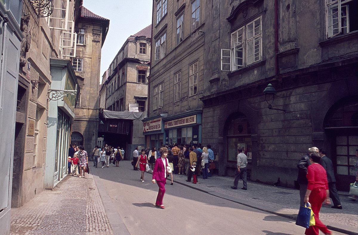 Melantrichova ulice, 1975