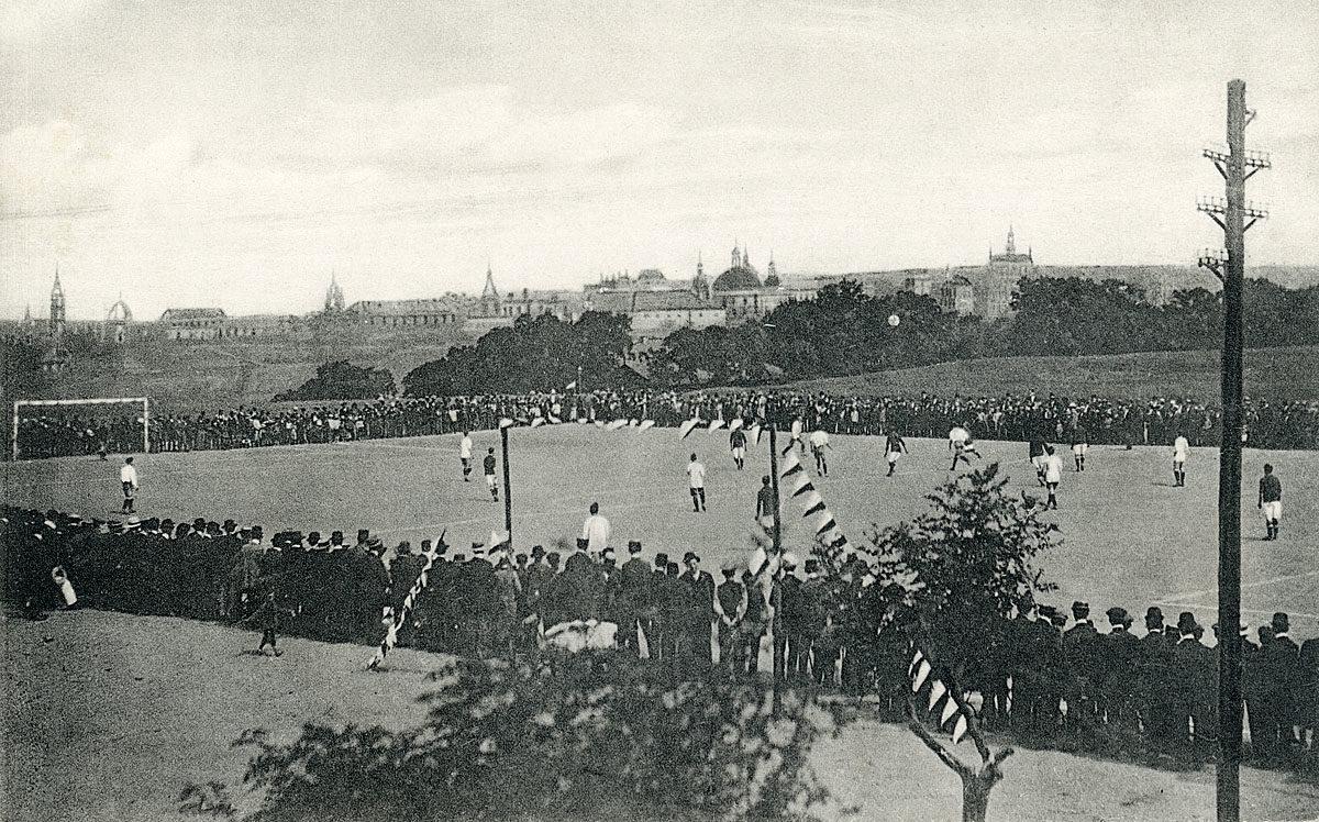 Pankrác, stadion Na Bělce