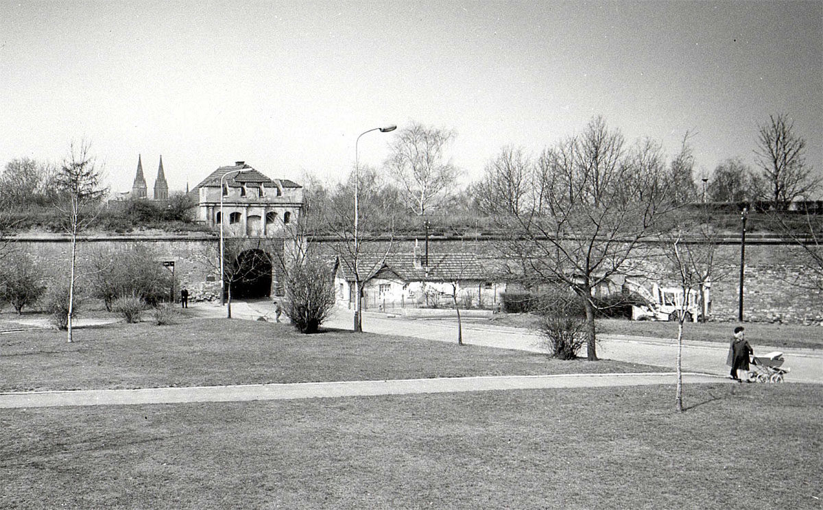 Táborská brána