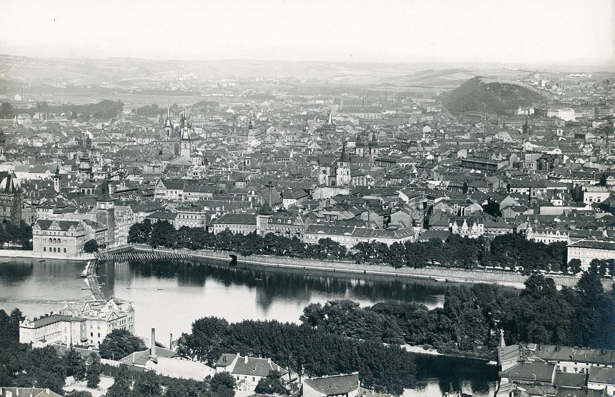 Panorama Prahy 4