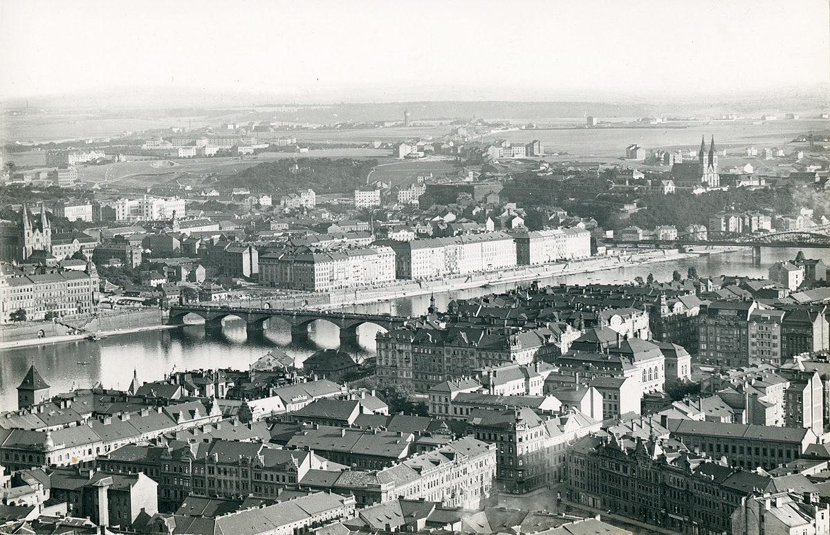 Panorama Prahy 7