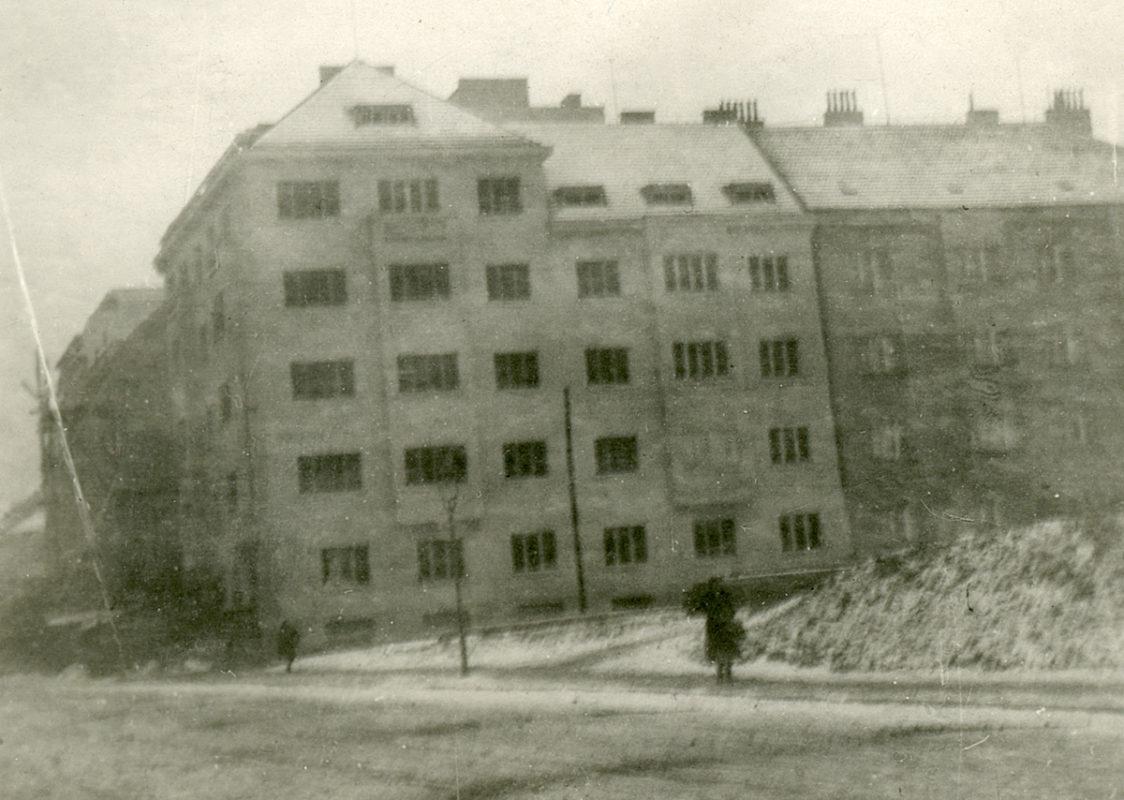 Na Pankráci 2, U Jedličkova ústavu