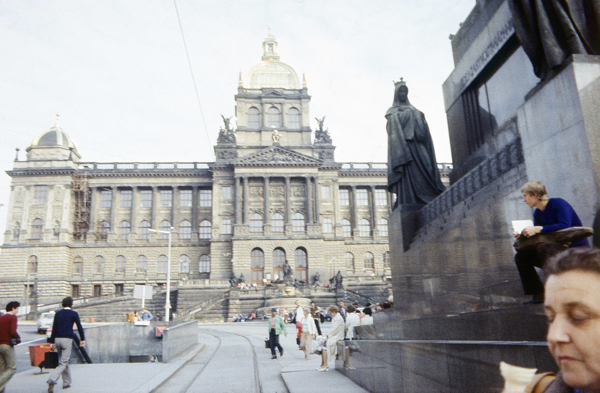 Sv. Václav, Václavské náměstí, 1976